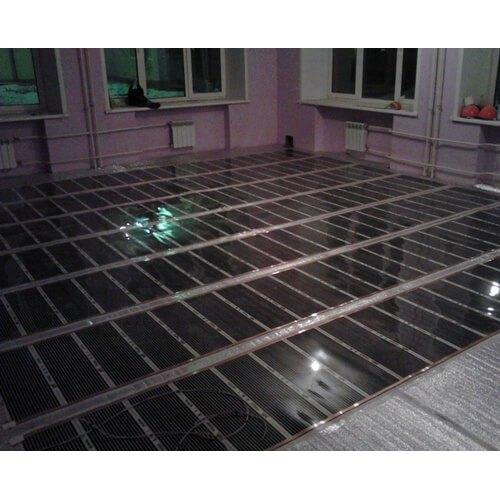Инфракрасная пленка TOOSET на полу