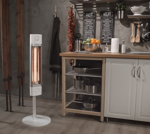 Карбоновый обогреватель Veito CH1800XE на кухне